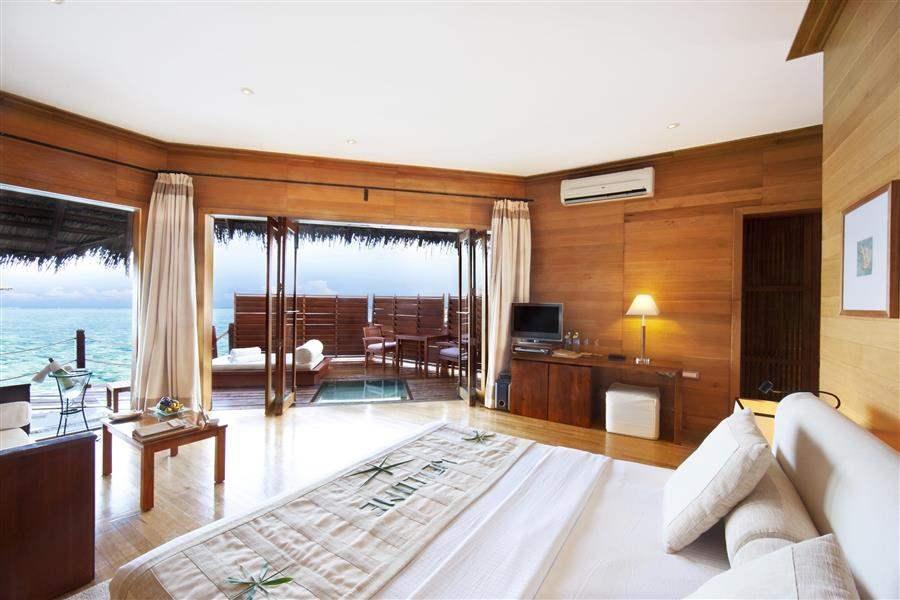Adaaran Select Meedhupparu Beach Villa