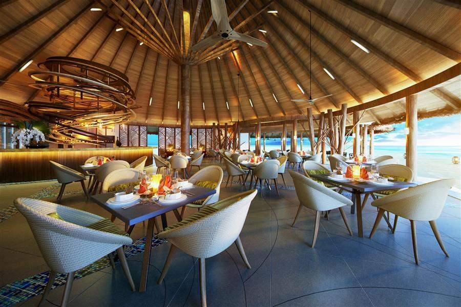 O Z E Nby Atmosphereat Maadhoo Restaurant