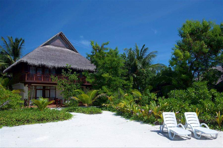 Olhuveli Beach and Spa Resort Villa Exterior Day