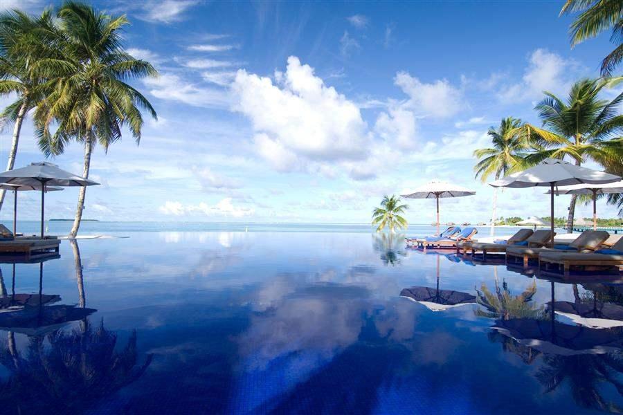 Conrad Maldives Rangali Island Swimming Pool