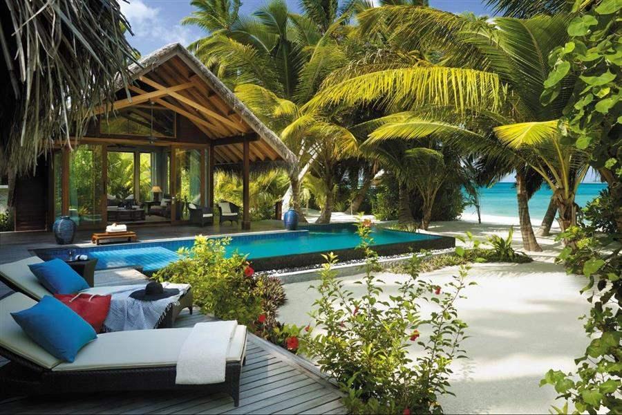 Shangri La Villingili Resort  and Spa Beach Villa