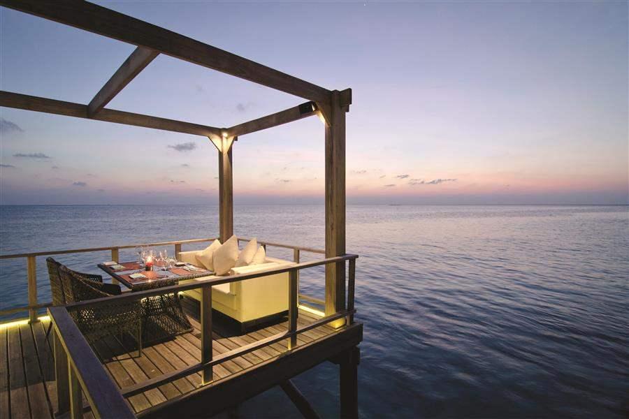 Jumeirah Vittaveli Maldives Fenesse Exterior