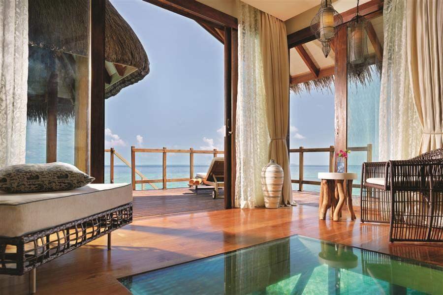 Jumeirah Vittaveli Maldives Water Villa Lounge