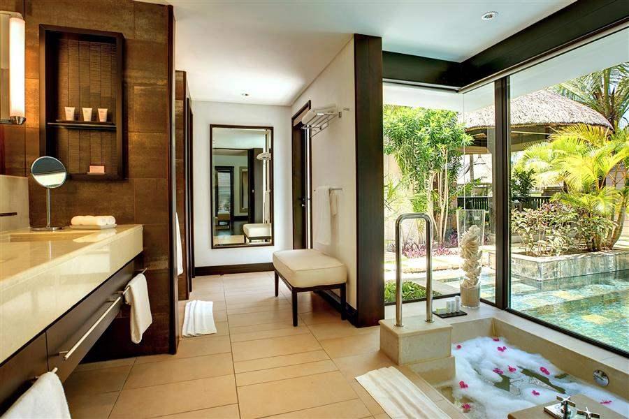 L U X Belle Mare Ocean Villa Bath