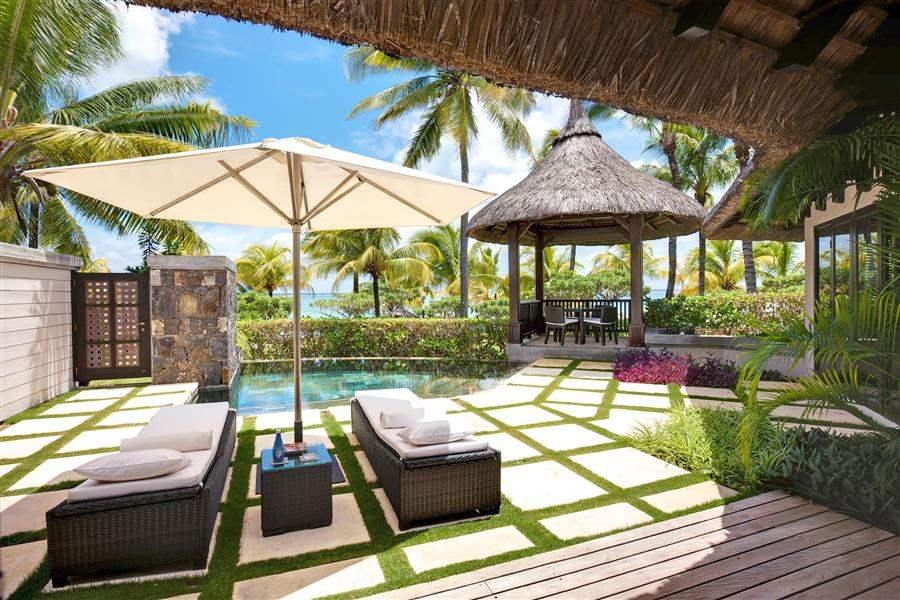 L U X Belle Mare Beach Front Villa