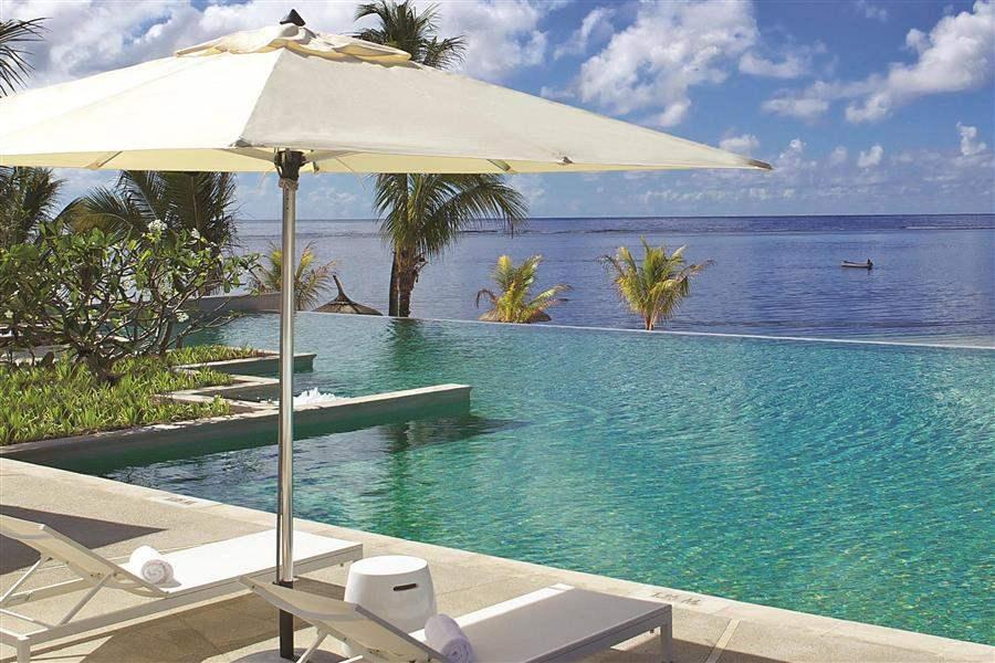 Long Beach Mauritius Infinity Pool
