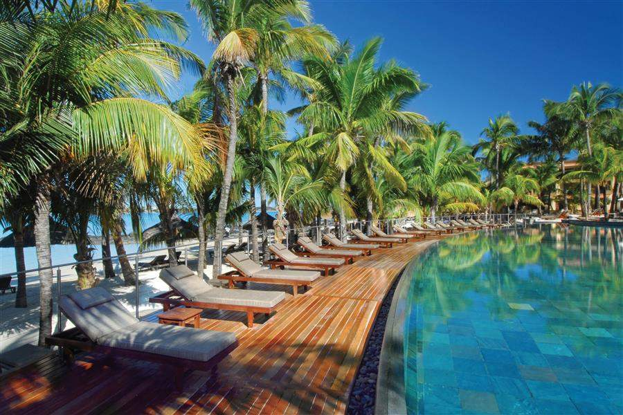 Le Mauricia Pool Loungers