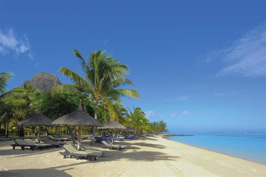 Paradis Hoteland Golf Club Beach Loungers