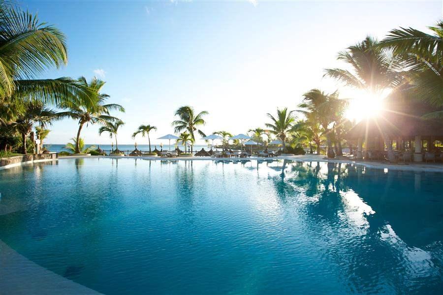 L U X Grand Gaube Resort Pool