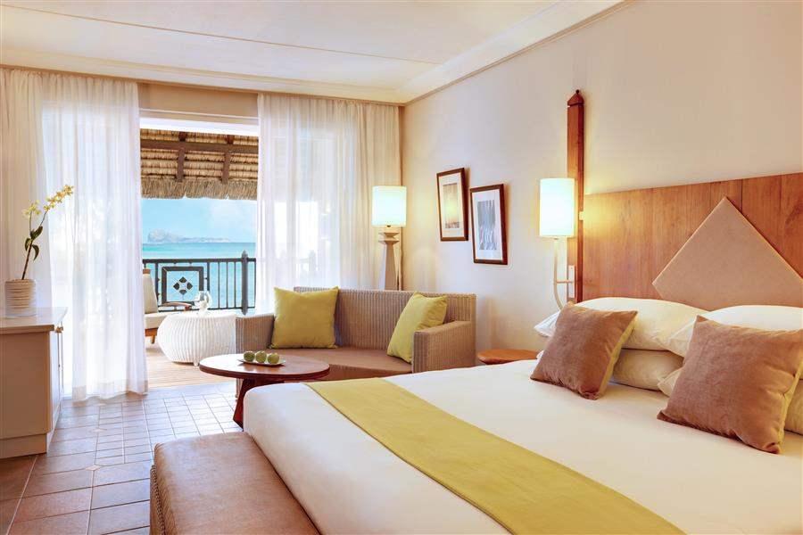 L U X Grand Gaube Hotel Room