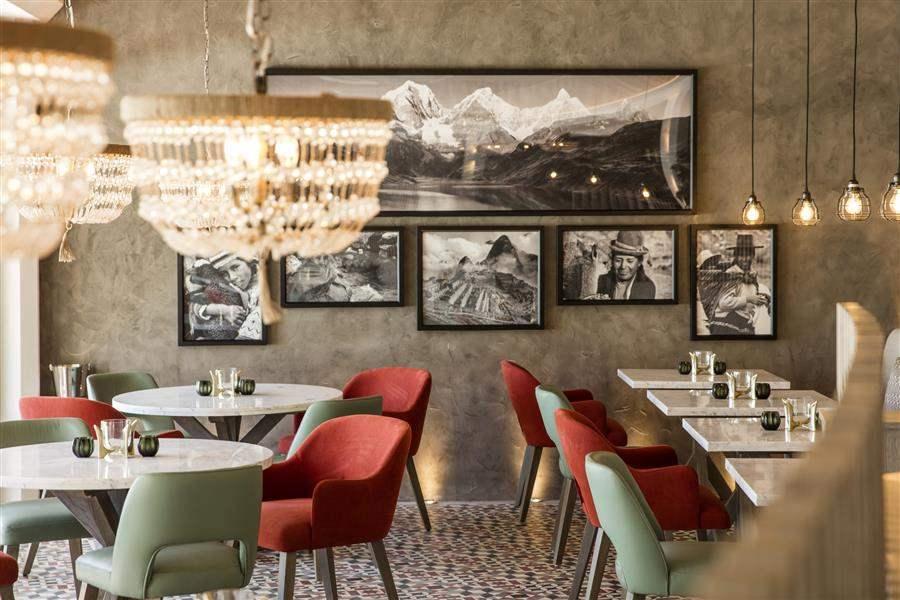 LUX Grand Gaube Restaurant