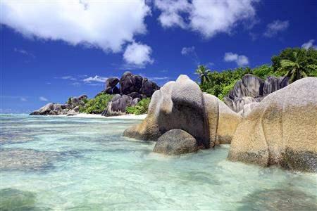 Seychelles Smooth Rock beach