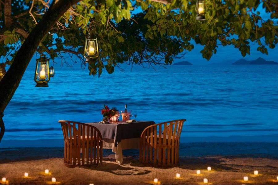 Four Seasons Resort Seychelles Beach Dinner