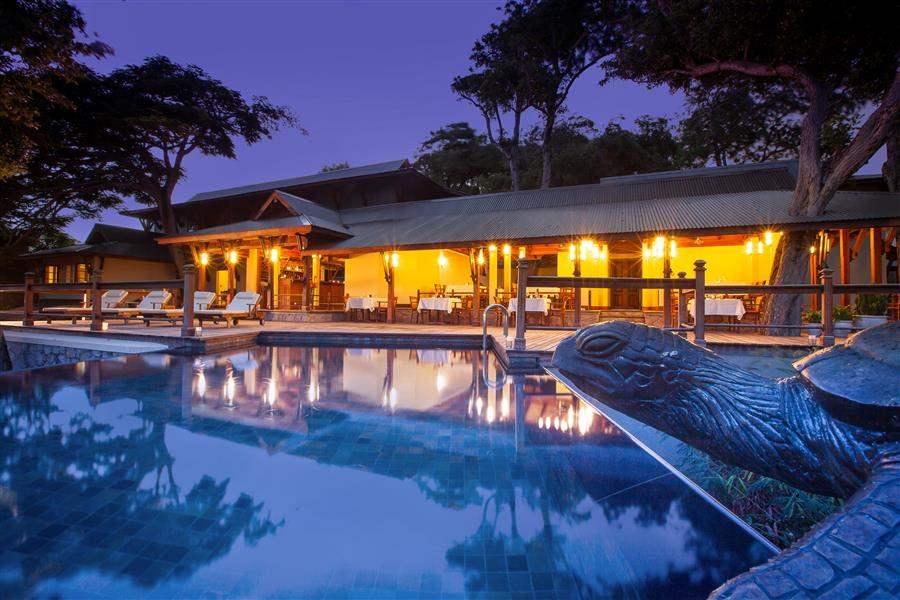 Enchanted Island Resort Pool Dining Evening