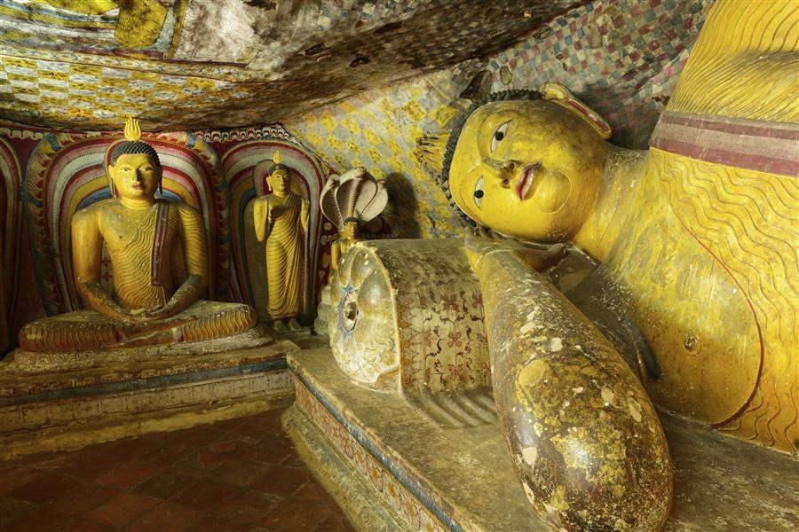 Anuradhapura temple statues Sri Lanka
