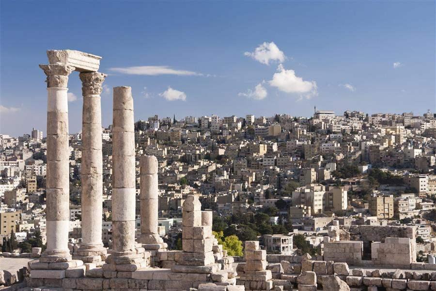 temple of hercules and skyline of Amman Jordan