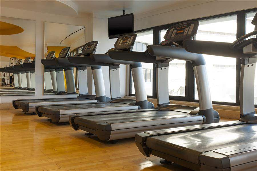 GymTreadmills