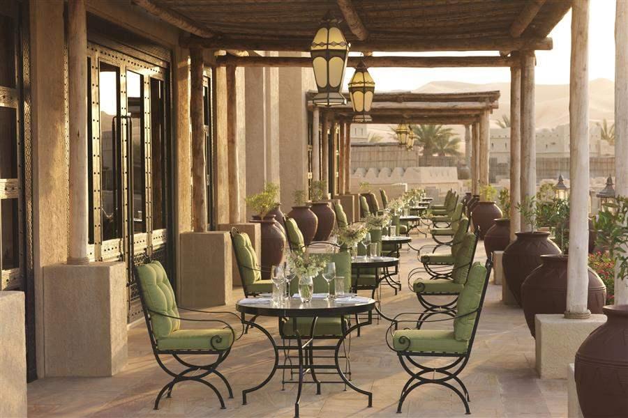 Anantara Qasr Al Sarab Patio Dining