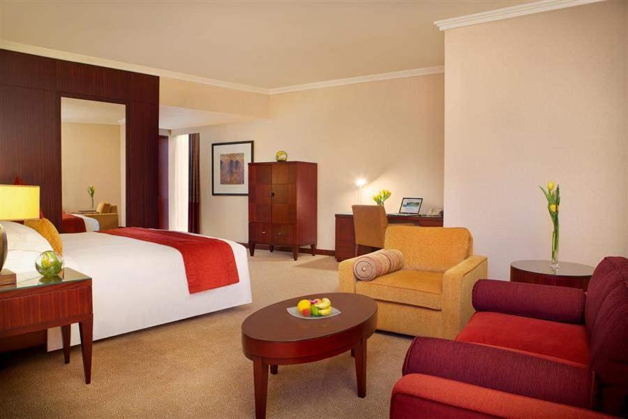 Beach Rotana Abu Dhabi Suite