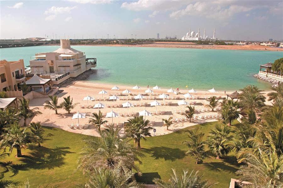 Shangri La Hotel Qaryat Abu Dhabi Beach Overview