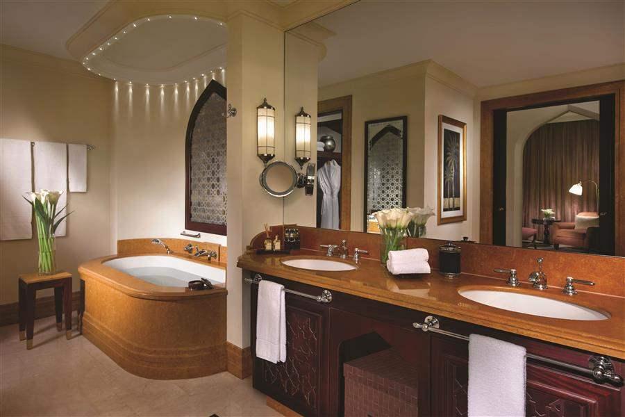 Shangri La Hotel Qaryat Abu Dhabi Bathroom