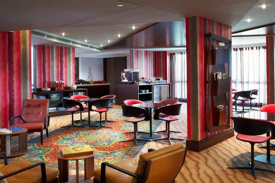 Jumeirah Creekside Hotel Spectrum Restaurant