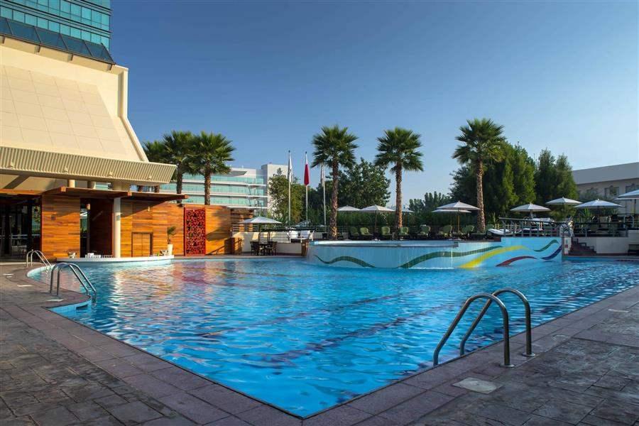 Jumeirah Creekside Hotel Swimming Pool