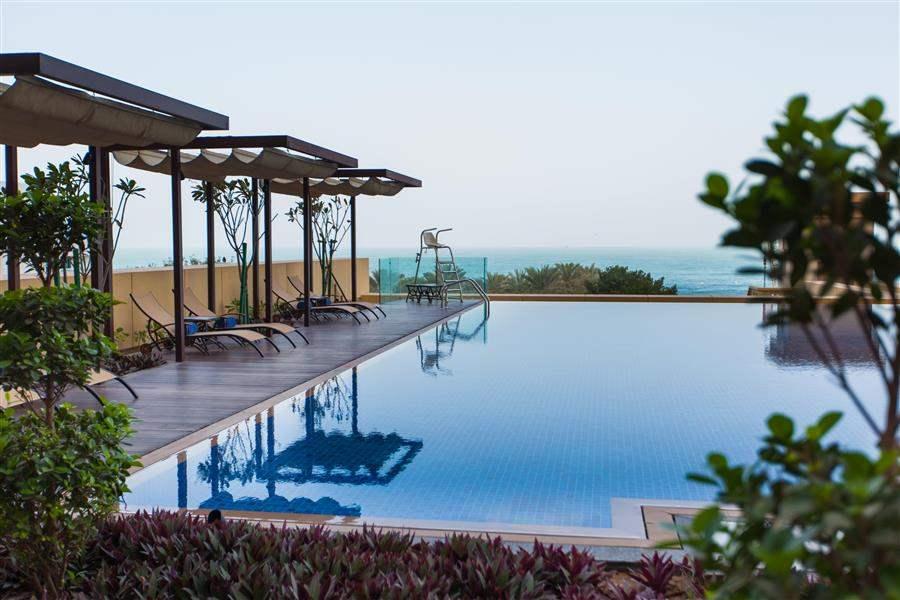 J A Ocean View Hotel Swimming Pool