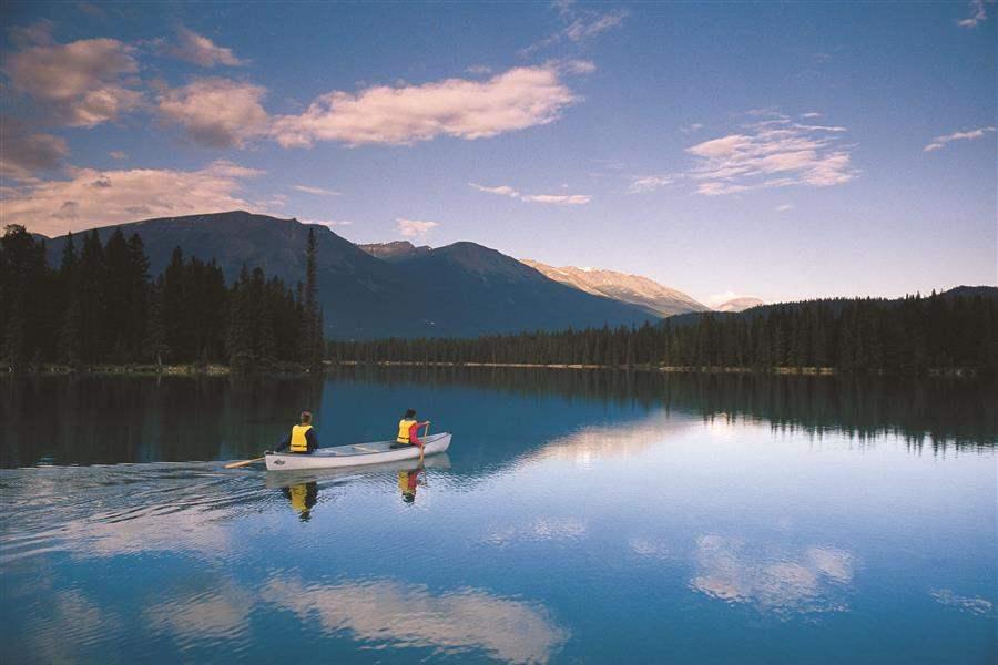 CanoeingLacBeauvert