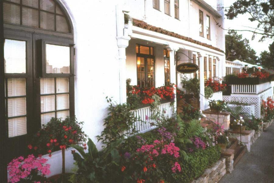 Pine Inn Hotel Exterior