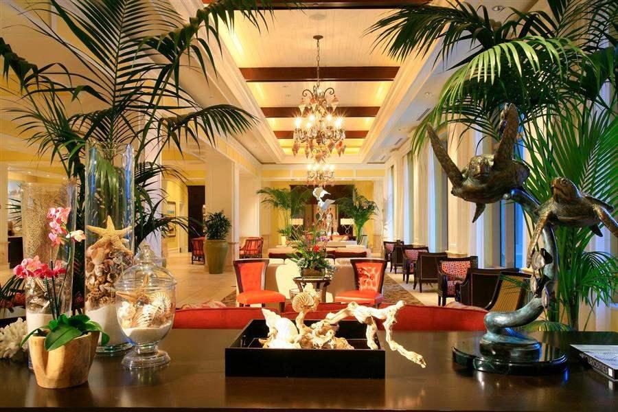Sandpearl Resort Lobby Lounge