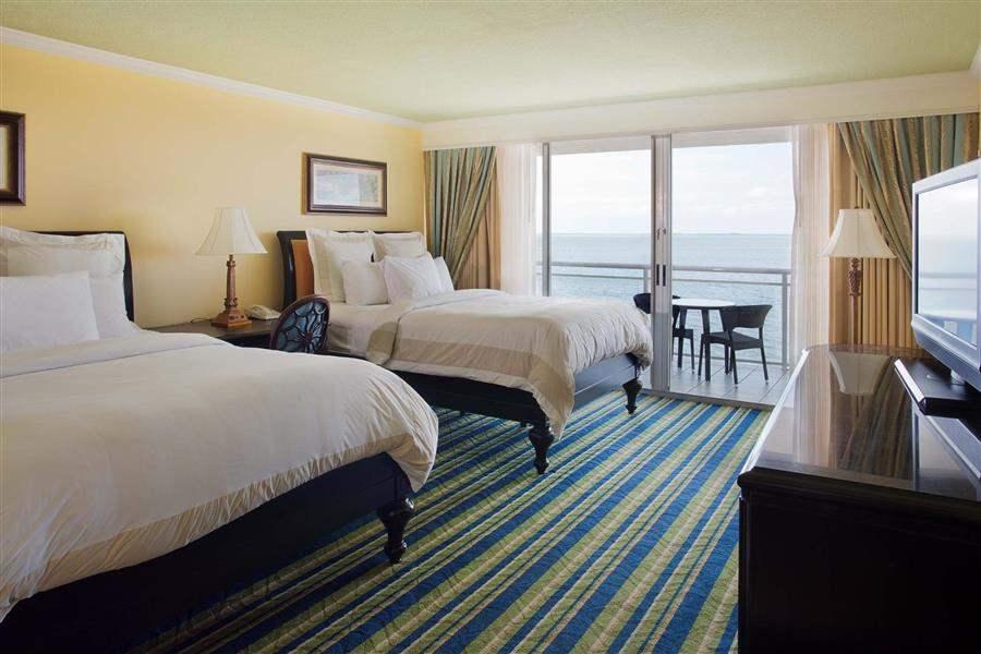 Key Largo Marriott Bay Resort Twin