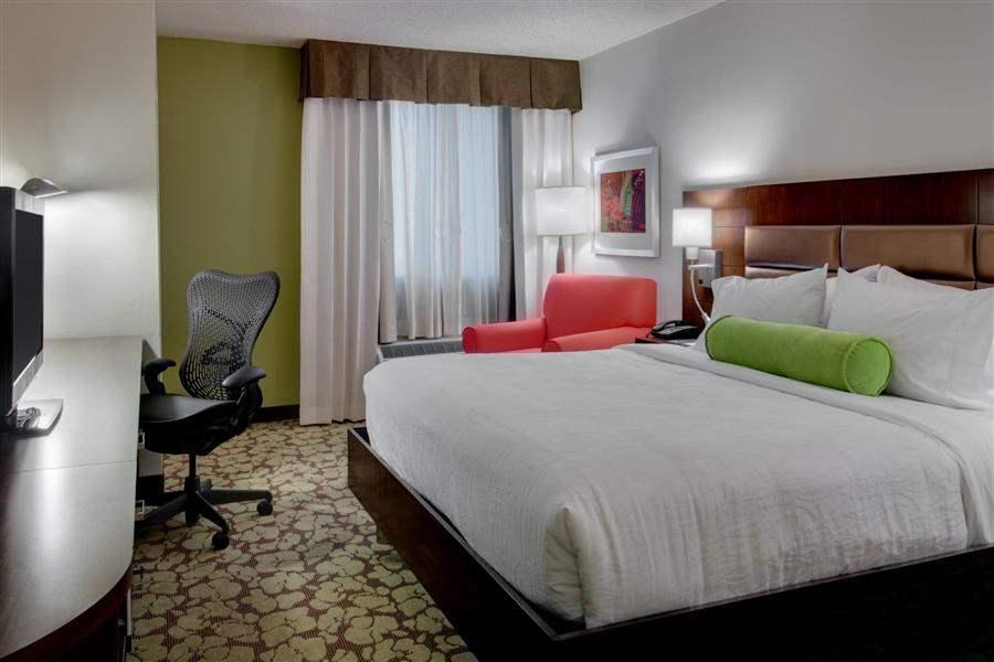 Hilton Garden Inn Los Angeles Hollywood Double Room