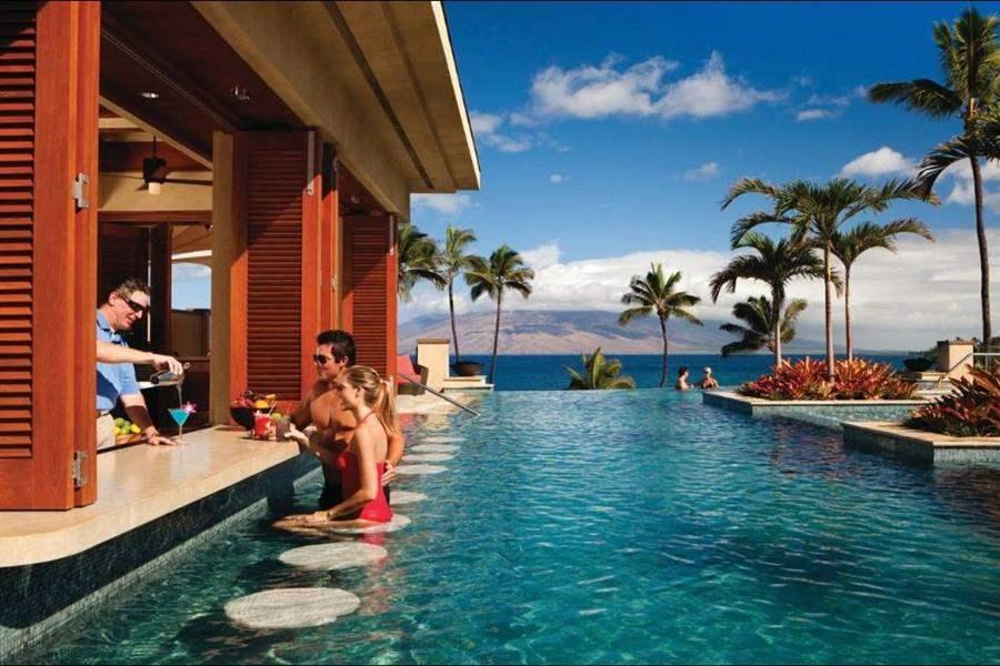 Four Seasons Resort Mauiat Wailea Pool Bar