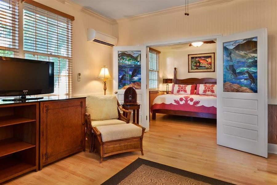 Plantation Inn Luna Suite