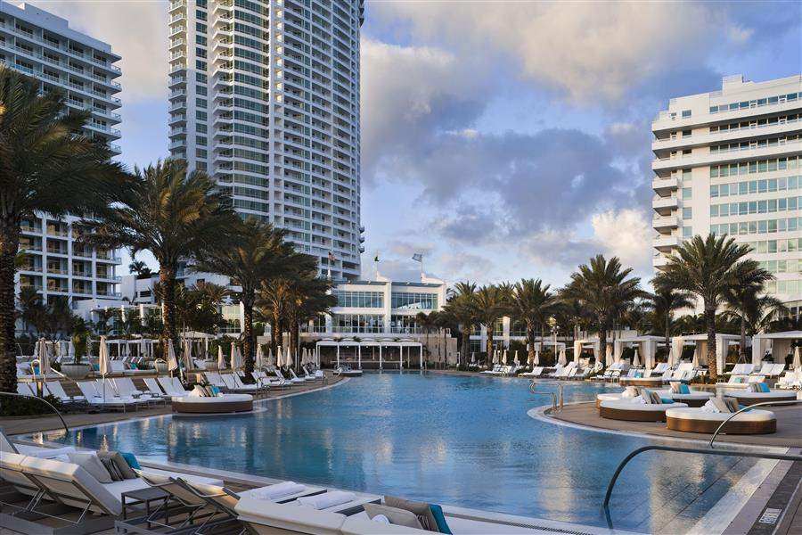 Fontainebleau Miami Beach Swimming Pool
