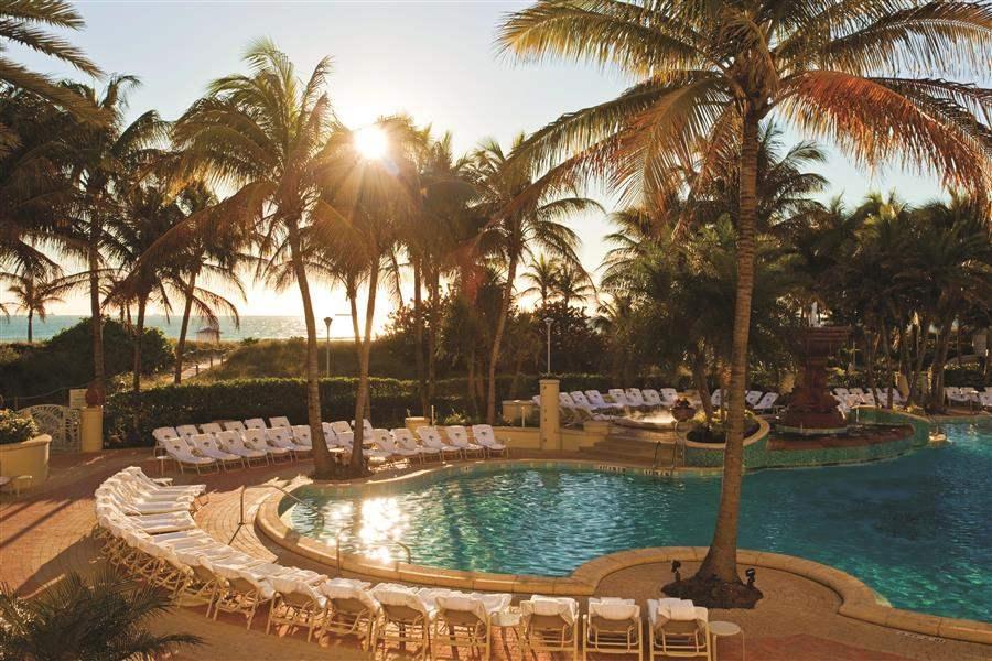 Loews Miami Beach Hotel Pool