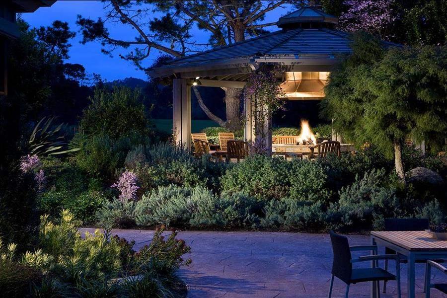 Hyatt Regency Monterey Garden Night