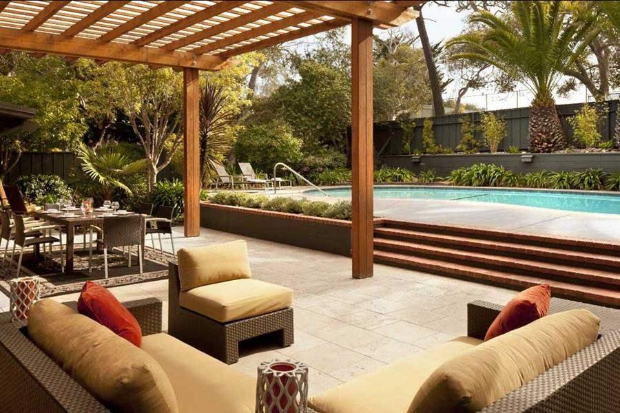 Hyatt Regency Monterey Pool Lounge