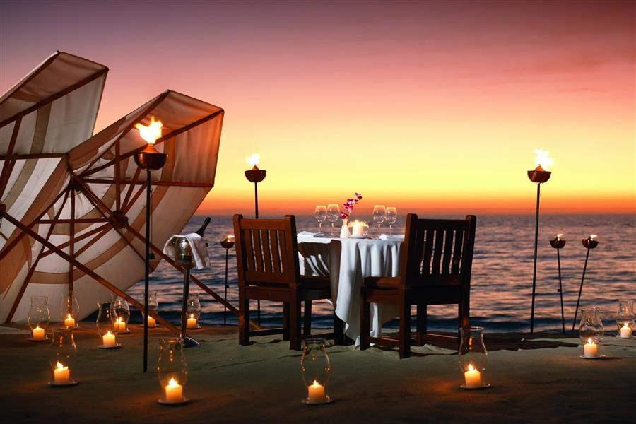 La Playa Beachand Golf Resort Dinner