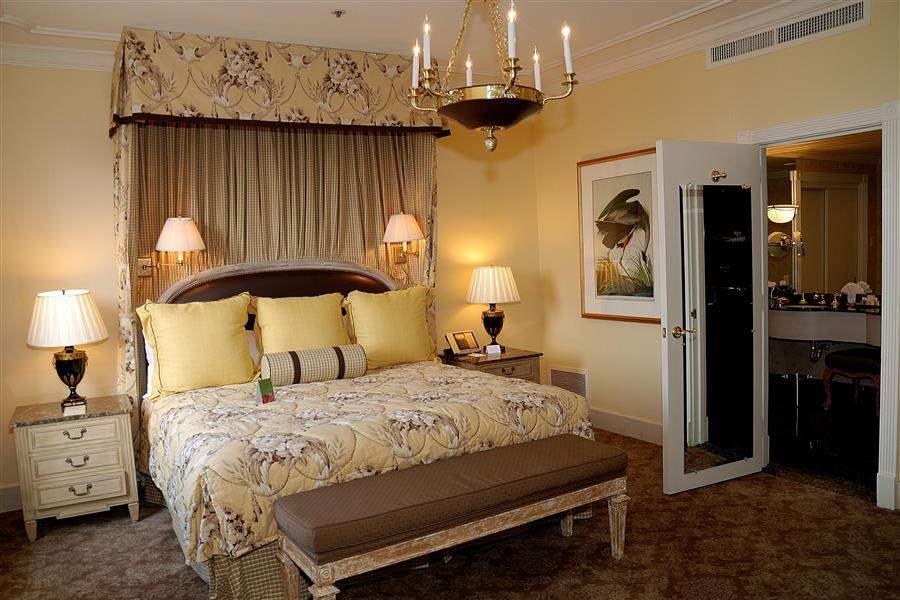 LuxurySuite