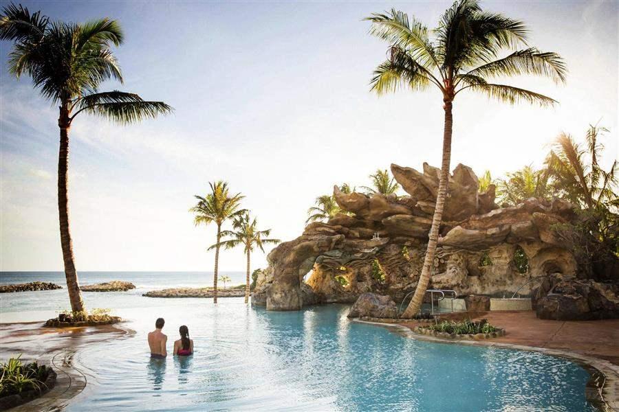 Aulani Disney Resort Spa Pool