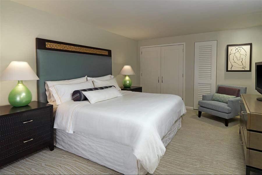 Moana Surfridera Westin Resort Penthouse Suite