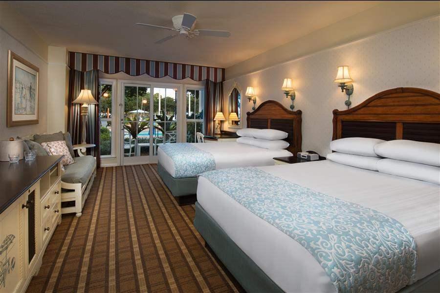 Disneys Beach Club Resort Queen Room