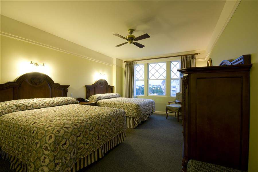 Disneys Saratoga Springs Resort Spa Twin Guest Room
