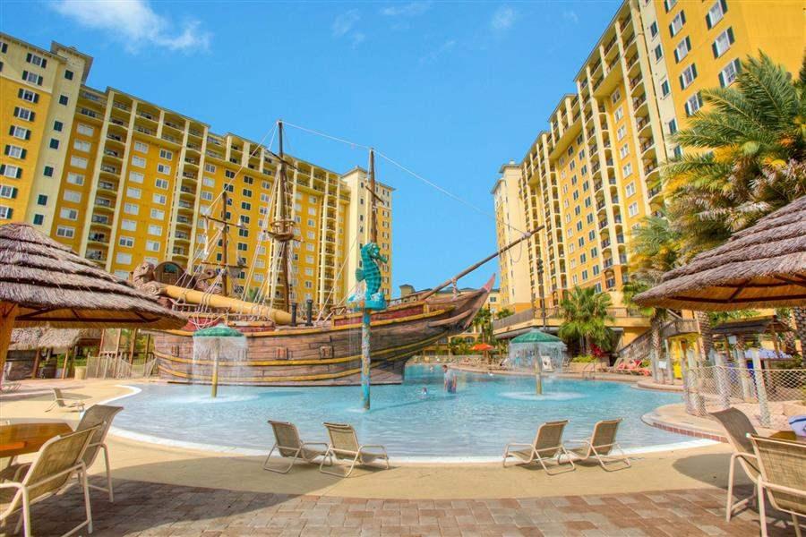 Lake Buena Vista Resort Village and Spa Swimming Pool
