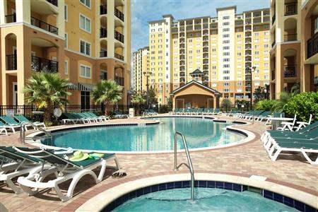 Lake Buena Vista Resort Village and Spa Hotel Pool