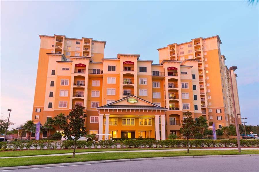 Lake Buena Vista Resort Village and Spa Hotel Exterior