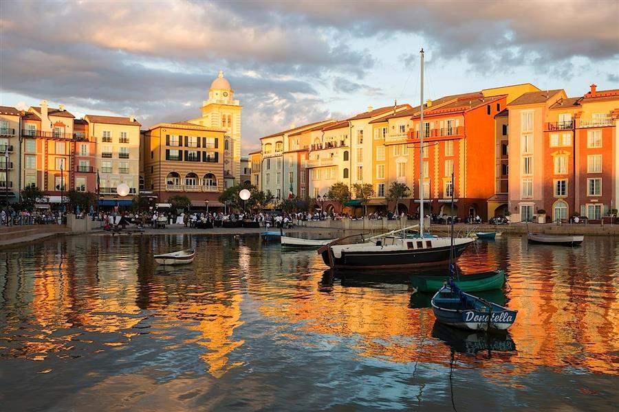 Loews Portofino Bay Hotelat Universal Orlando Waterfront