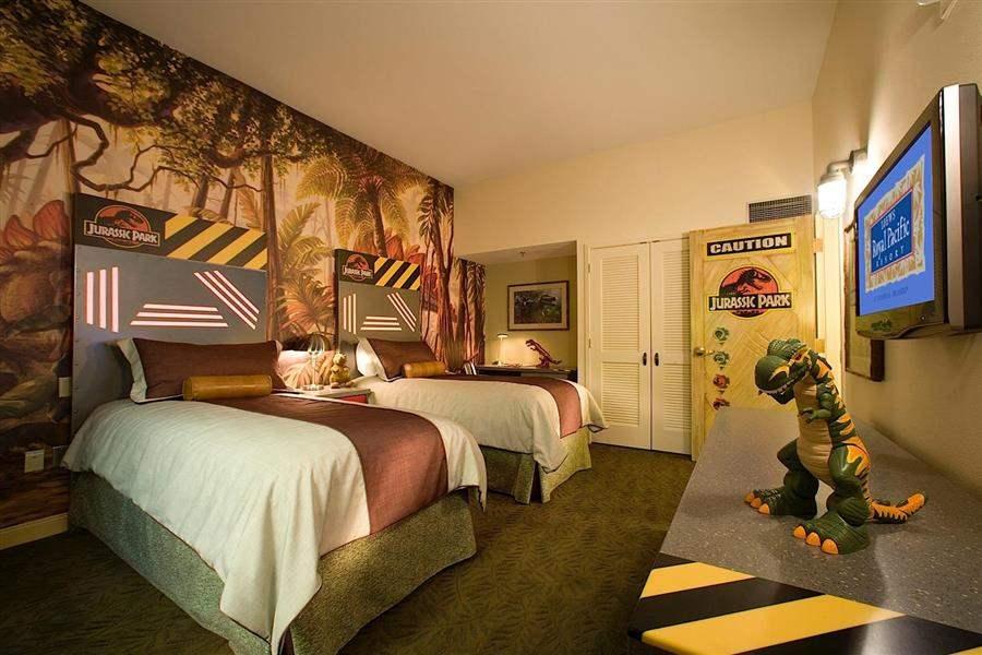 Loews Royal Pacific Resortat Universal Orlando Kids Room